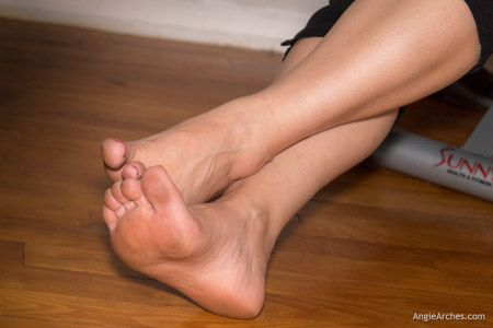 barefoot-home-workout-16