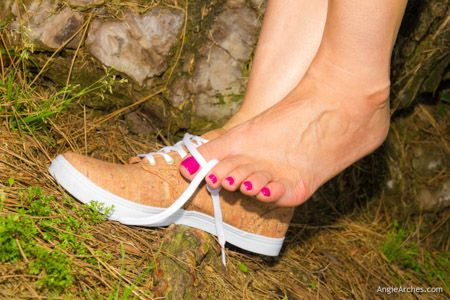 feet-in-the-grass-20