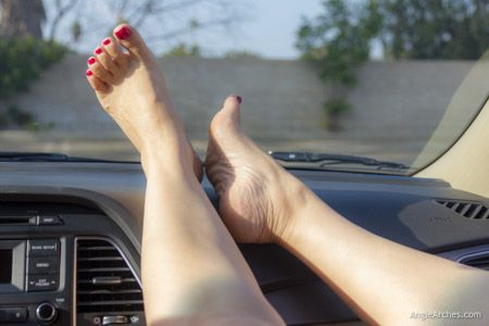 my-first-foot-shoot-in-the-car-23