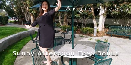 Sunny Afternoon Toes – Bonus Content